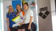 """Zaterdag 18 april was Amersfoort weer het decor voor de NK lange afstanden. Annemarie en haar """"begeleidings ploeg"""" , klokker, bordjesdraaier en coach waren goed op tijd afgereisd, voor een […]"""